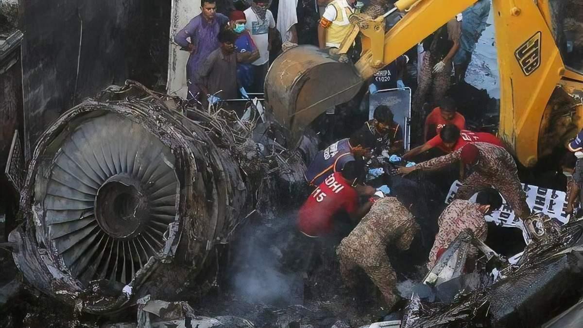 Авиакатастрофа в Пакистане 22 мая 2020: предварительные причины