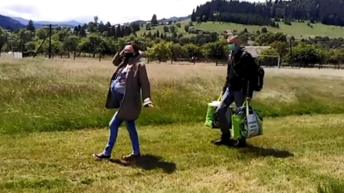 Непогода не помешает рождению: из Прикарпатья на вертолете эвакуировали двух рожениц – видео