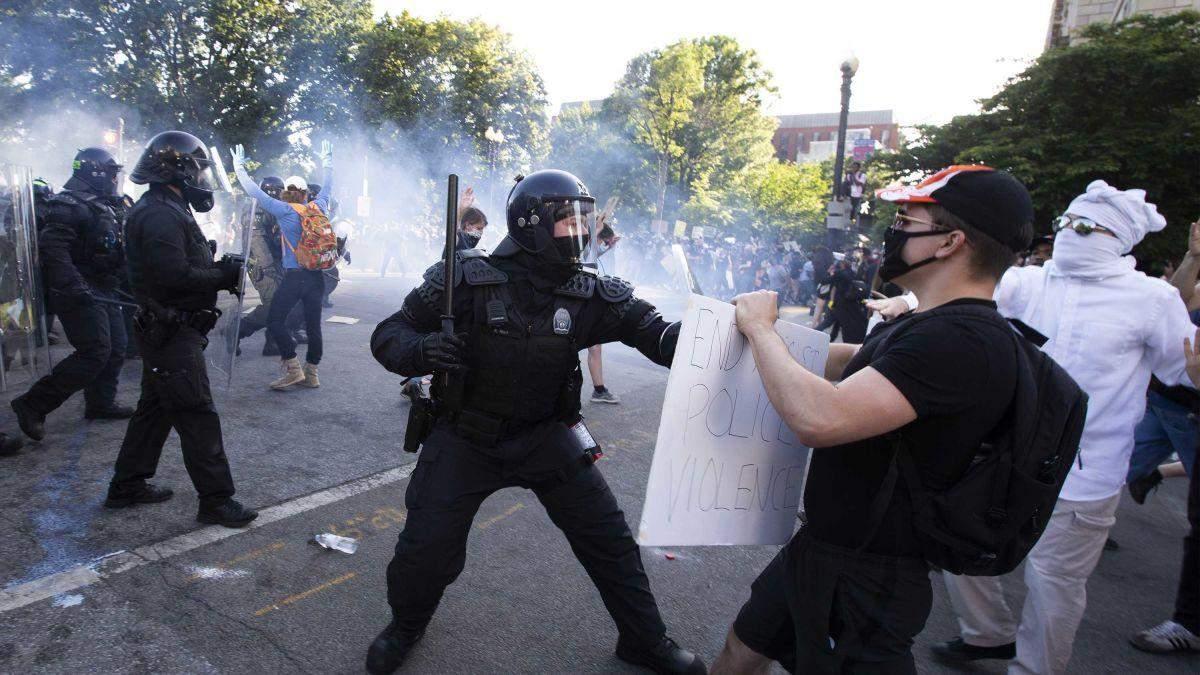 У США Палата представників підтримала реформу поліції
