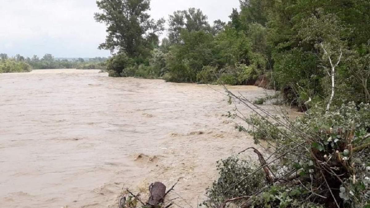 В правительстве не знают, какую сумму нужно на ликвидацию наводнения