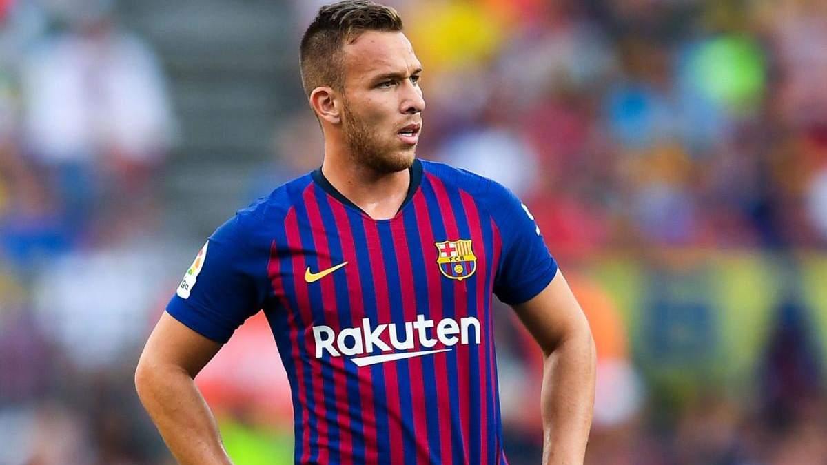 Артур перешел в Ювентус, Барселона купила Пьянича: детали трансферов
