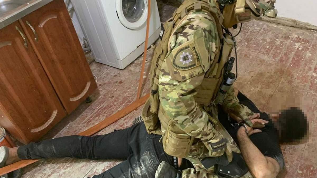 Иностранцы ограбили пенсионеров на Днепропетровщине – фото