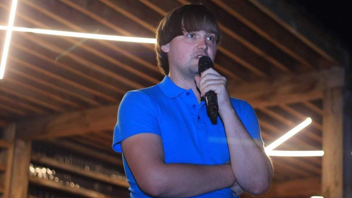 """Слуга народа"" Санченко записал рэп для молодежи: видео"