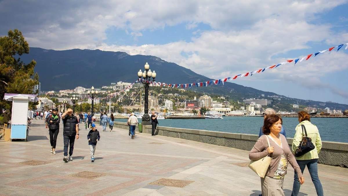 Делегація французьких депутатів Європарламенту відвідає окупований Крим
