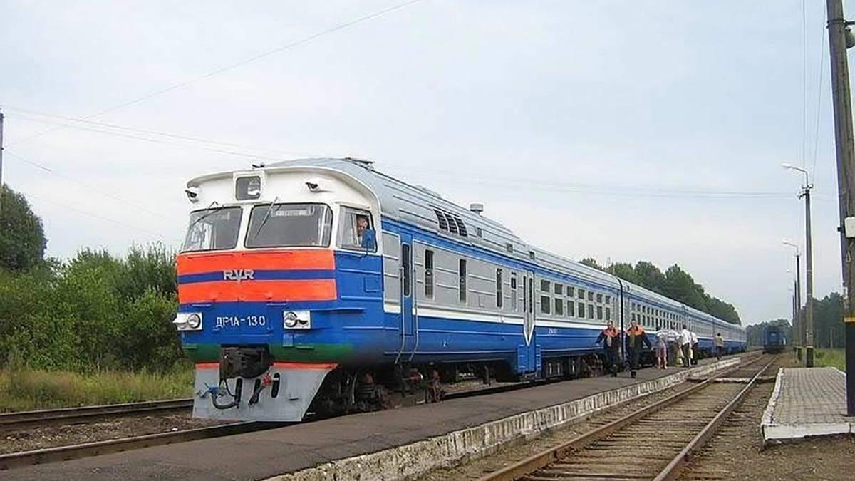 Укрзализныця восстанавливает движение пригородных поездов на Волыни и Ровенщине: детали