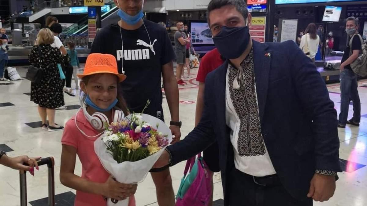 Первые туристы полетели в Турцию из Украины