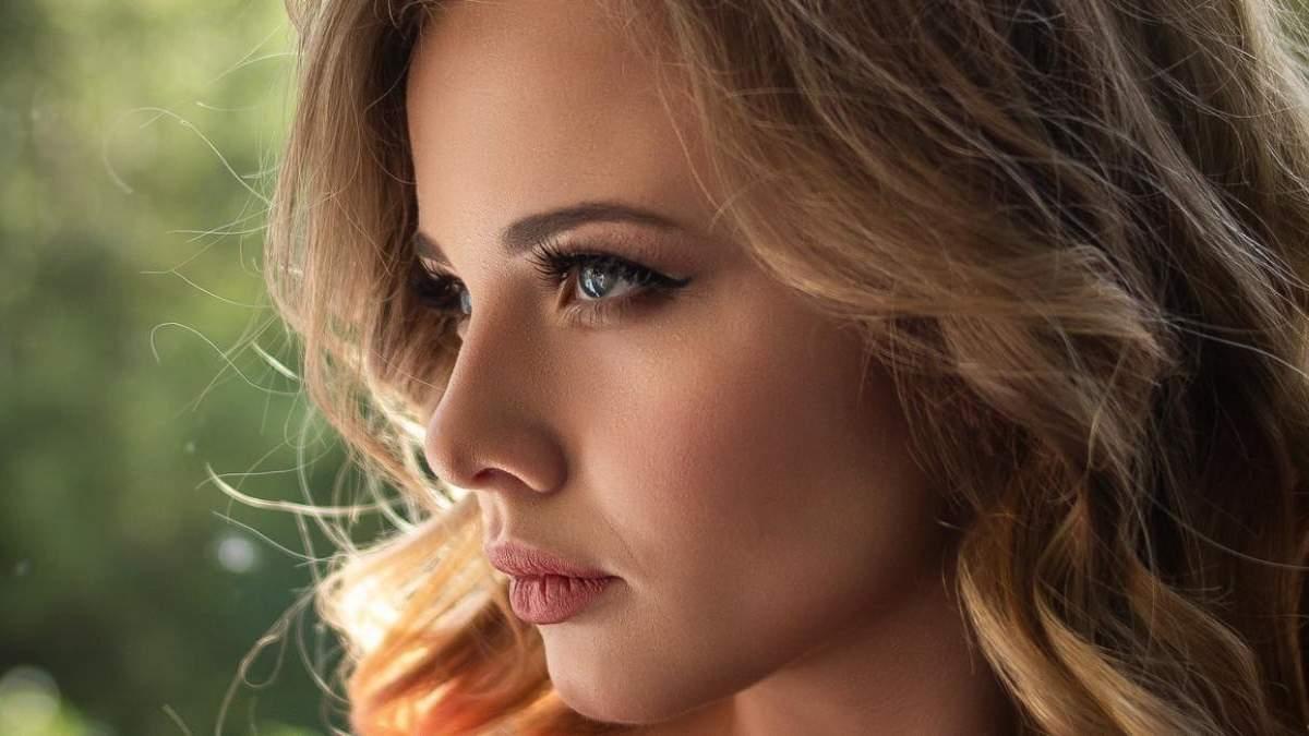 Как делать макияж на загорелой коже: особенности и фото