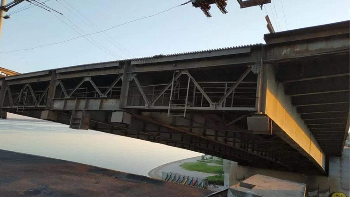 В Николаеве мост через реку сам развелся 3 июля 2020 - фото