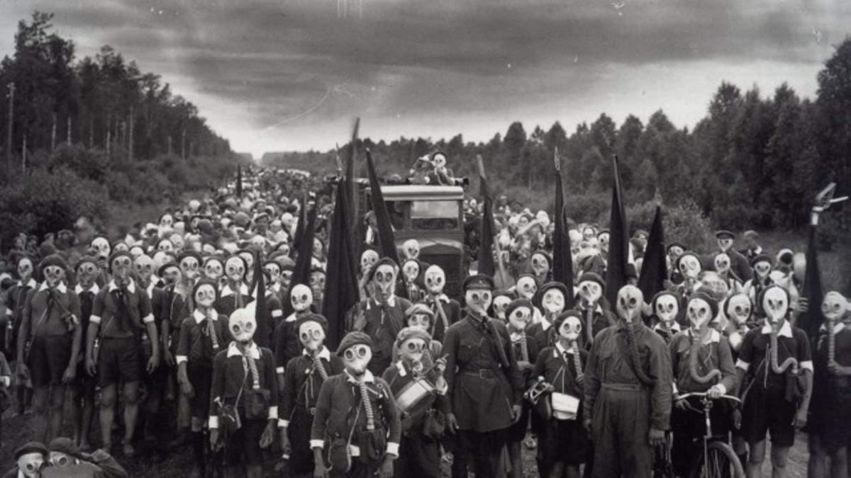 9 історичних фотографій