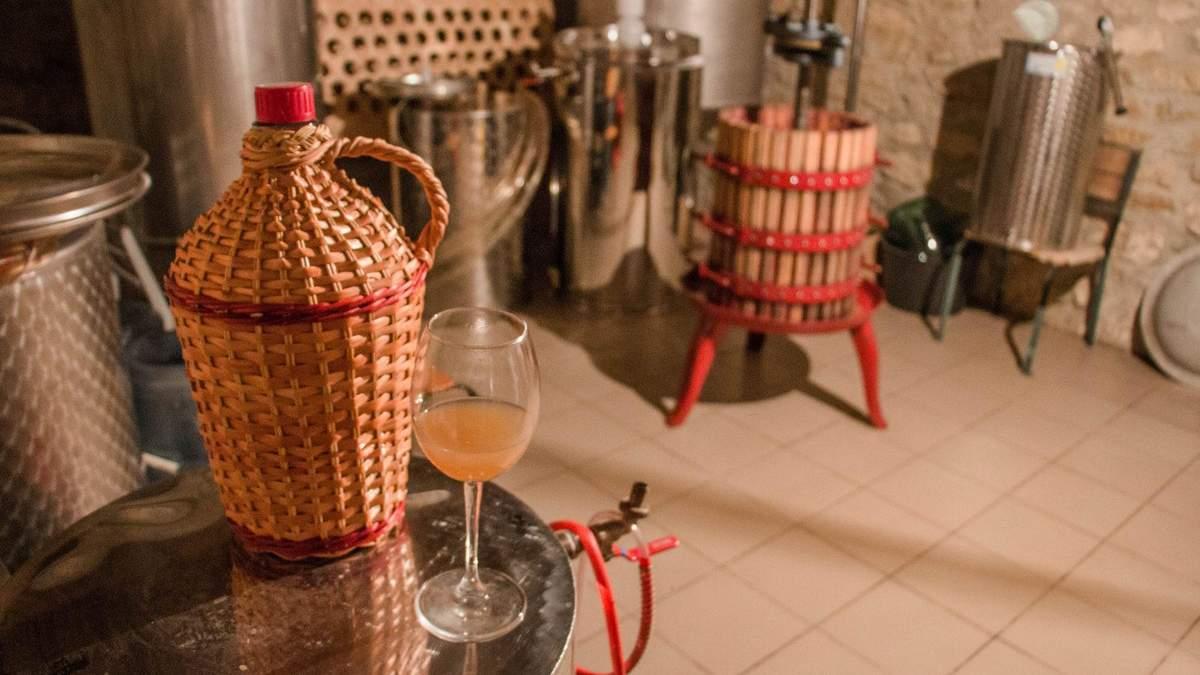 Семья из Николаева основала собственную винодельню Сливино