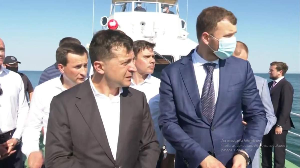 Зеленский в Одессе осмотрел танкер Delfi 4 июля 2020: видео