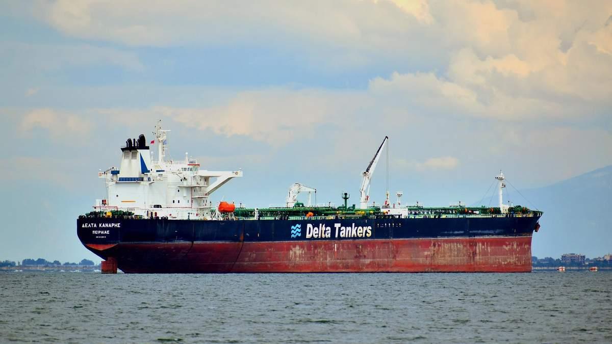 Нафта у Венесуелі 2020: США не дає Ірану доставити бензин