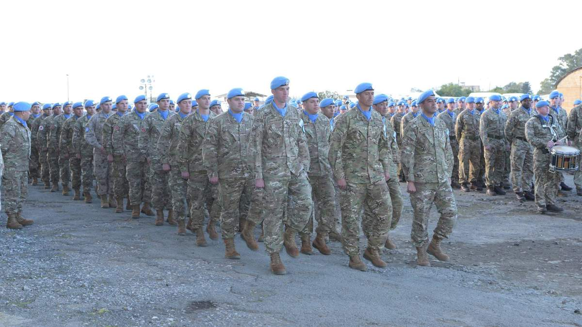 Украина может ввести миротворцев ОБСЕ на Донбасс - Резников