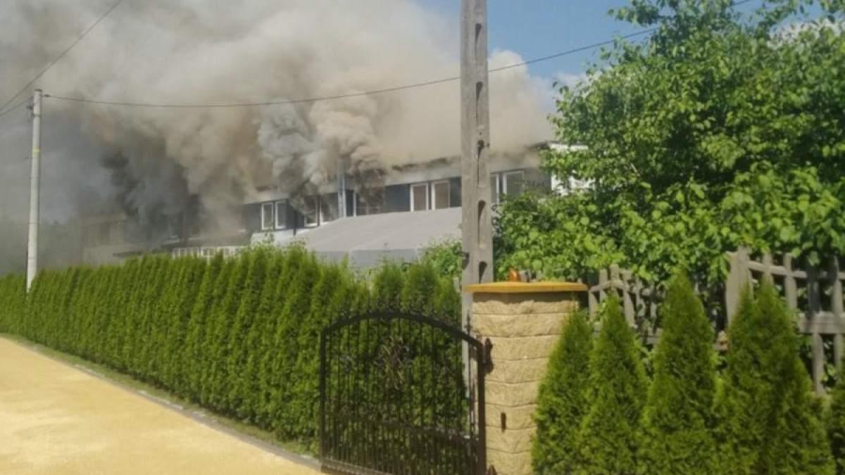 В Польше местные подожгли хостел с украинскими работниками - фото