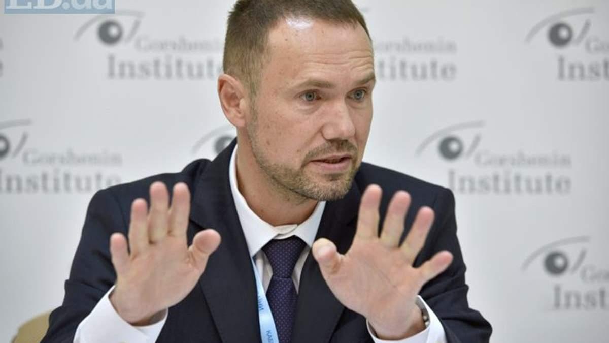 Шкарлет вважає, що доросла людина не має шансів скласти ЗНО - Новини  України - Освіта