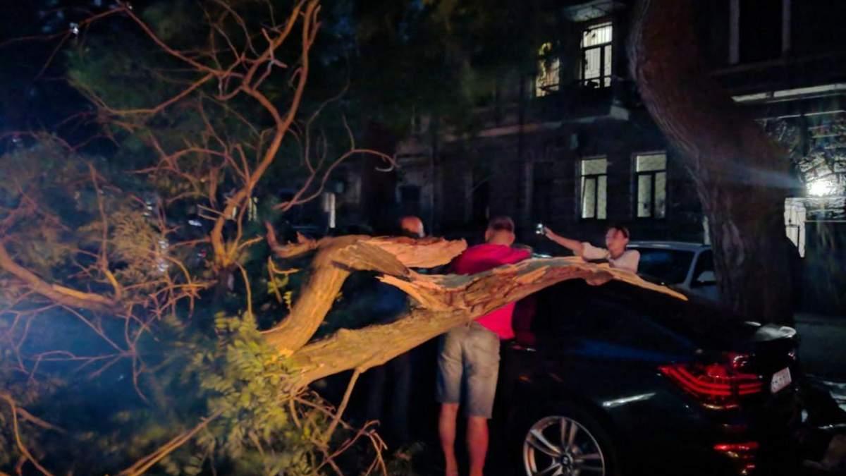 Непогода и град в Одесской области 8 июля 2020: фото, видео