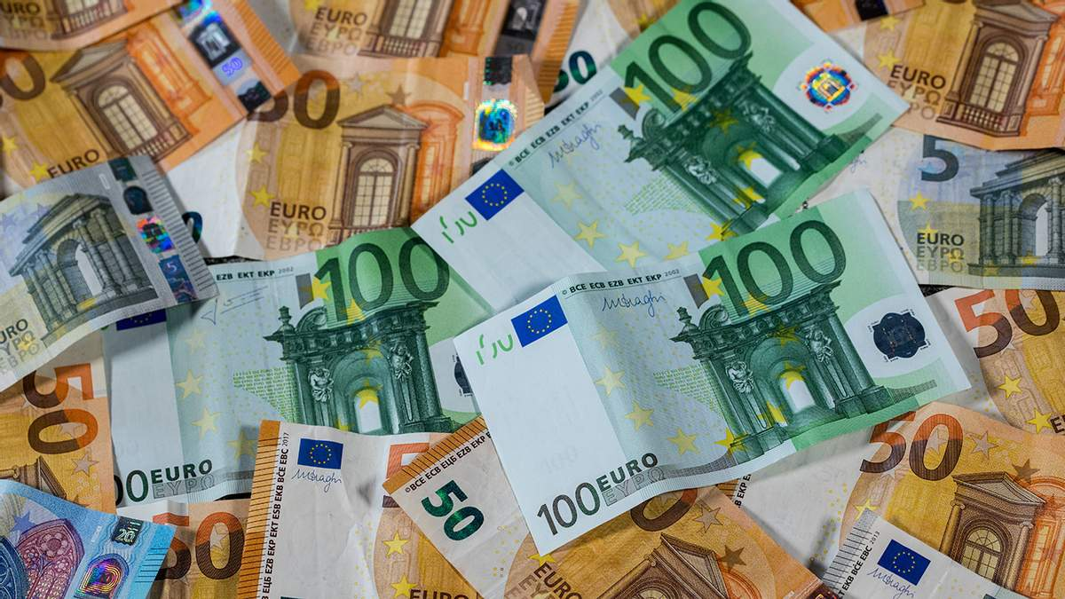 Готівковий курс євро, долара на 8 липня 2020 – курс валют