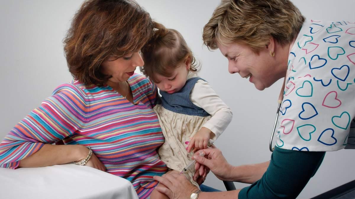 В Україні суттєво знизився рівень вакцинації дітей
