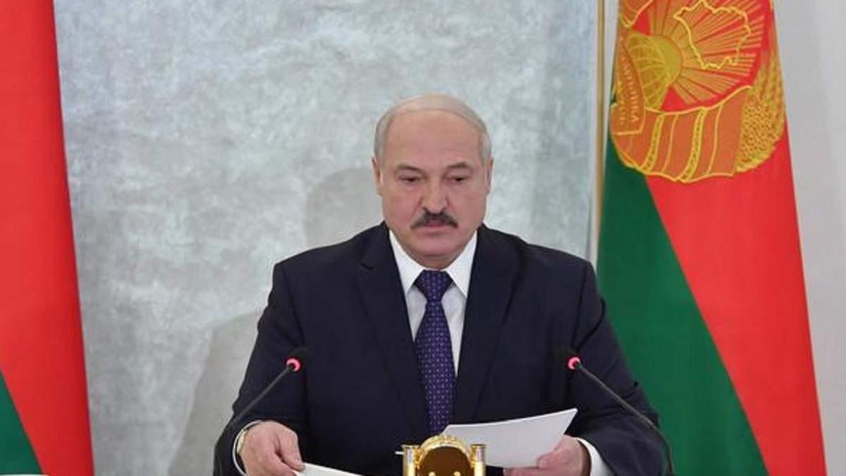 Ми наведемо лад, – Лукашенко поскаржився на свободу слова в Білорусі