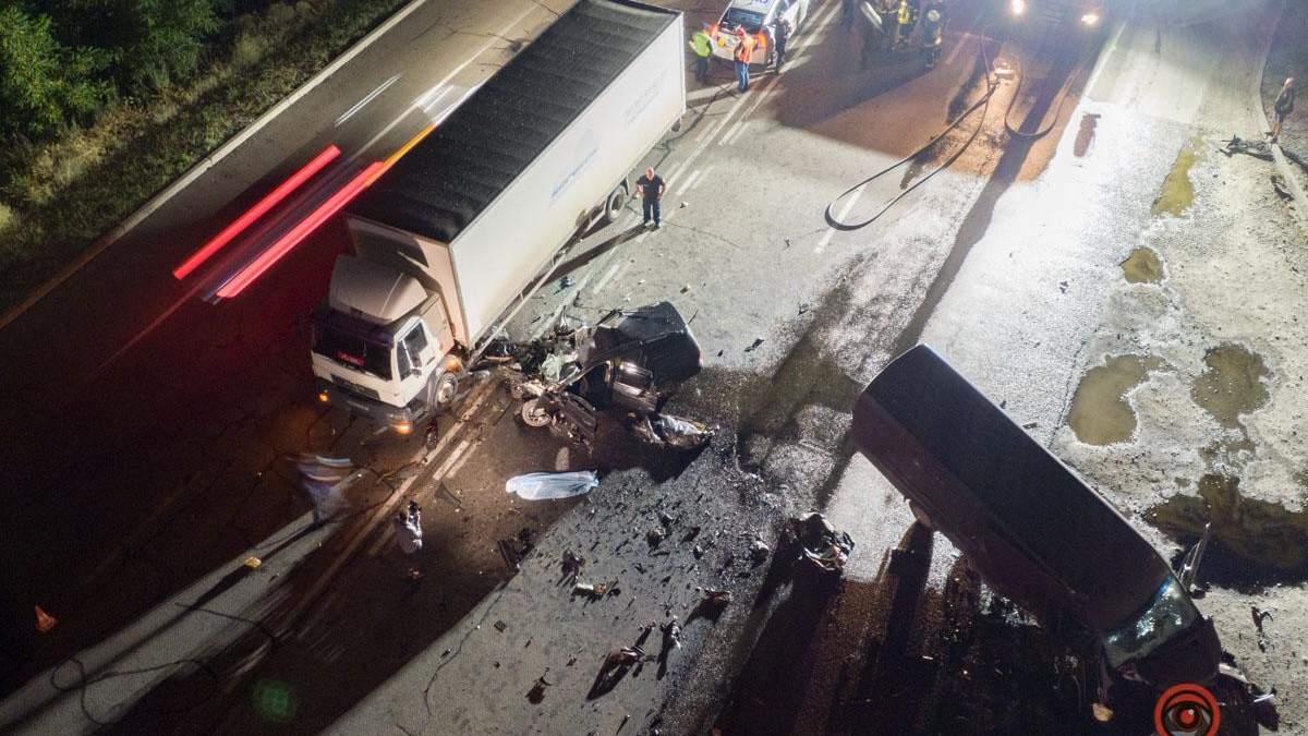 ДТП на Полтавском шоссе, Днепр: есть погибшие – видео, фото 18+
