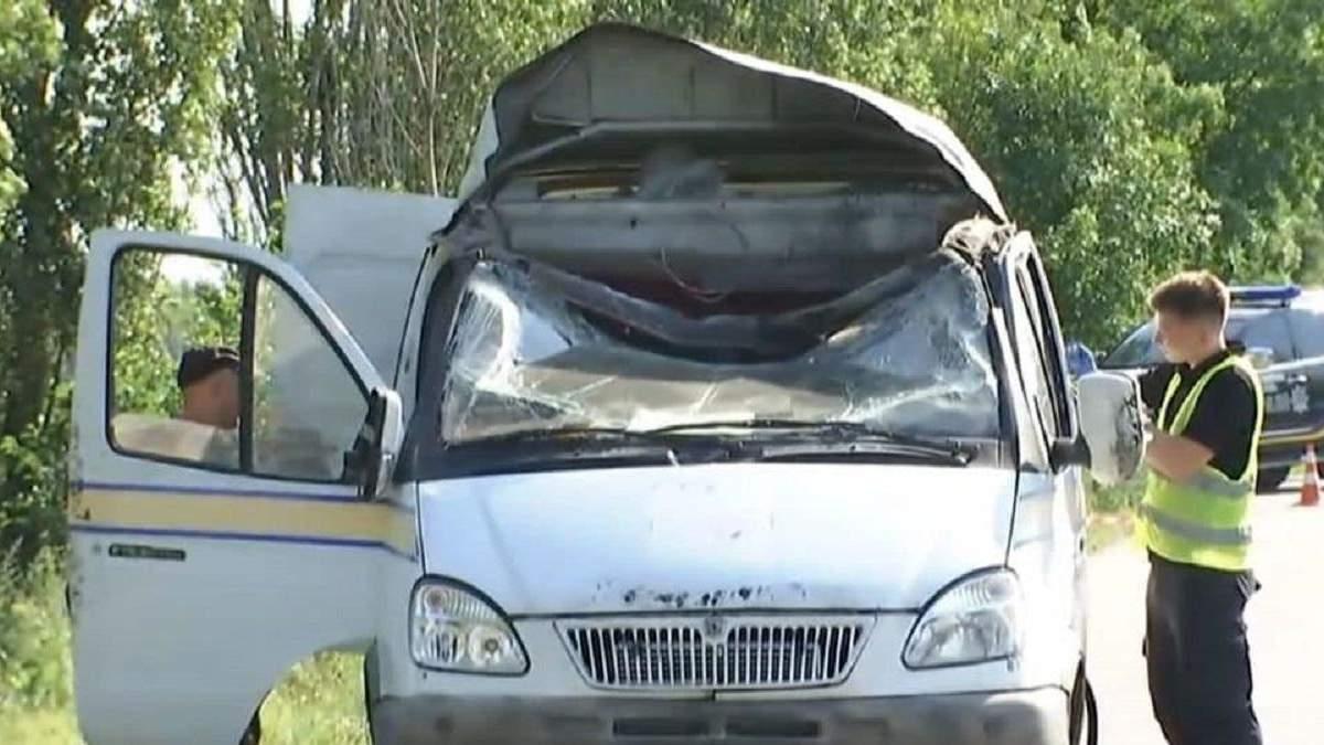 Поліція затримала чотирьох підозрюваних у підриві авто Укрпошти