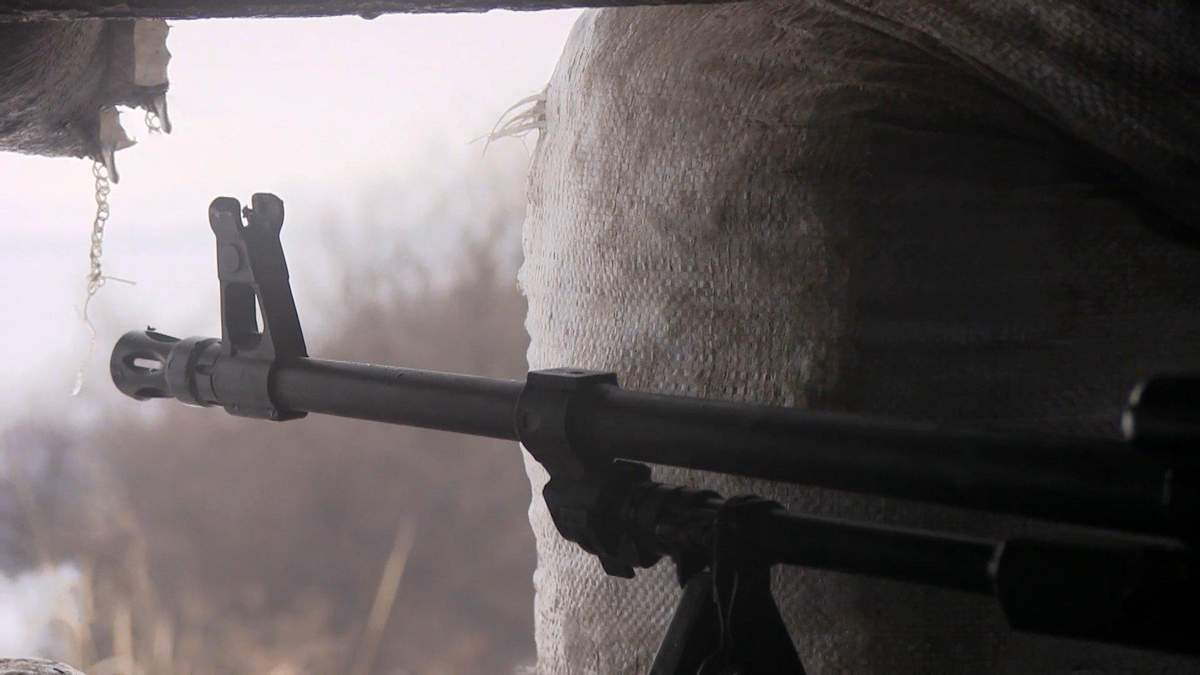 Пекельна доба на Донбасі: загинув український захисник, ще 3 – отримали поранення