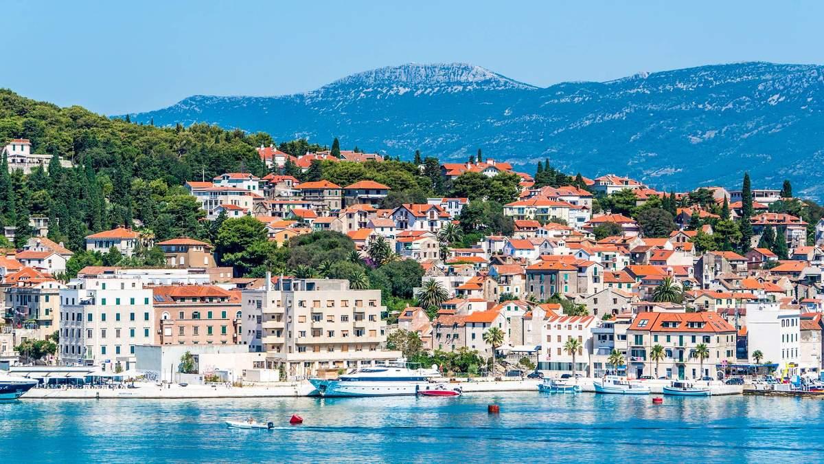 У Хорватію обов'язковий тест на COVID-19 або 14-денна ізоляція