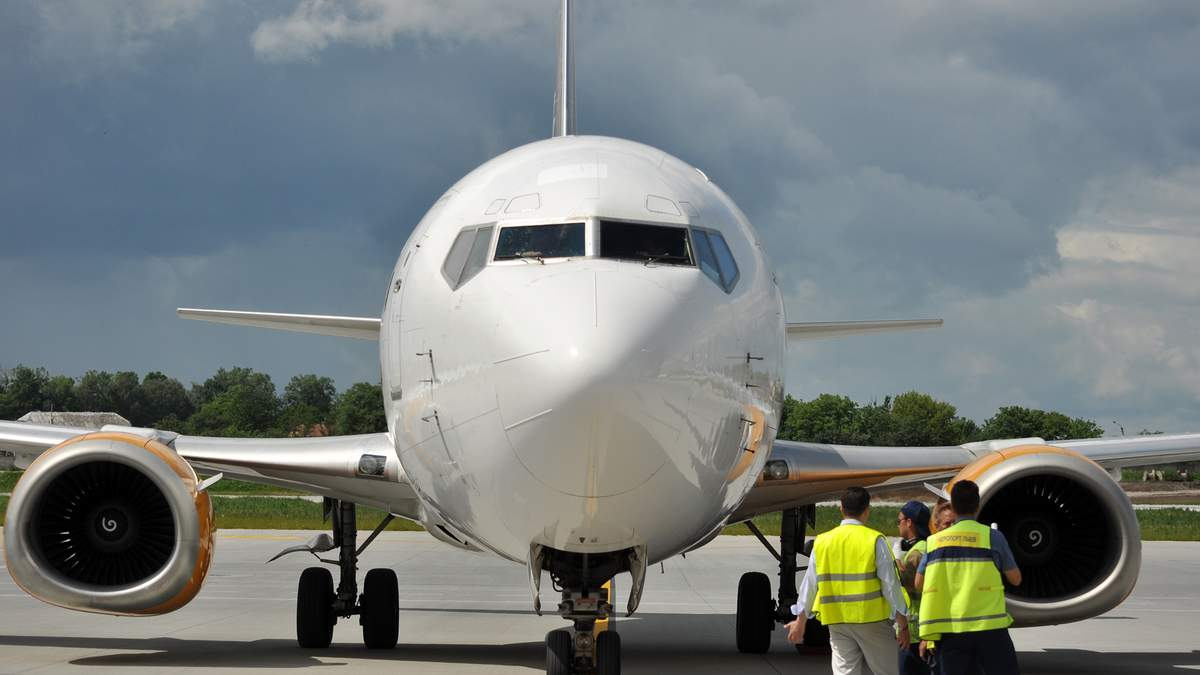 Рейс Київ Пула відклали, пасажири мають здати ПЛР-тест - новини