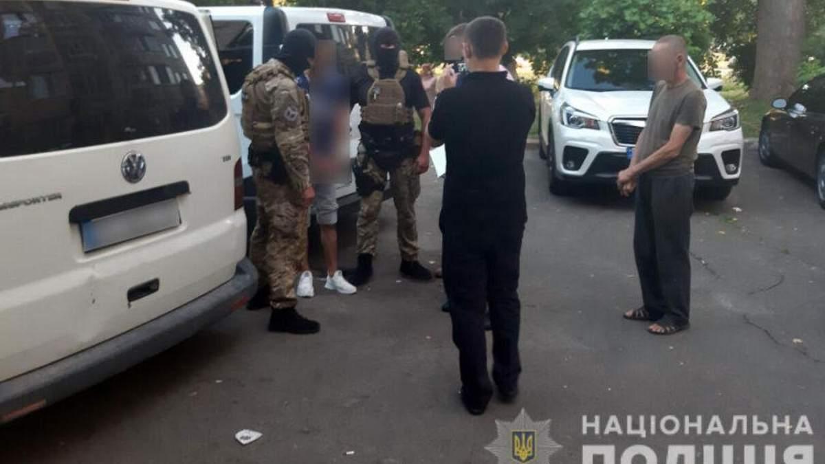 Подозреваемый в подрыве авто Укрпочты  - работник компании, - СМИ