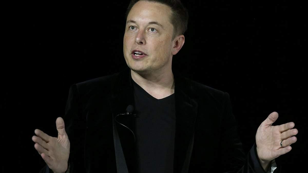 Илон Маск занял 7 место в рейтинге самых богатых людей мира