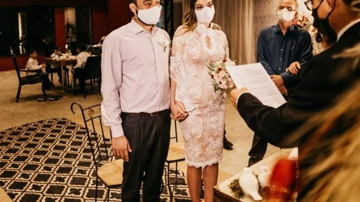 В Ірані закликають заборонити весілля через коронавірус
