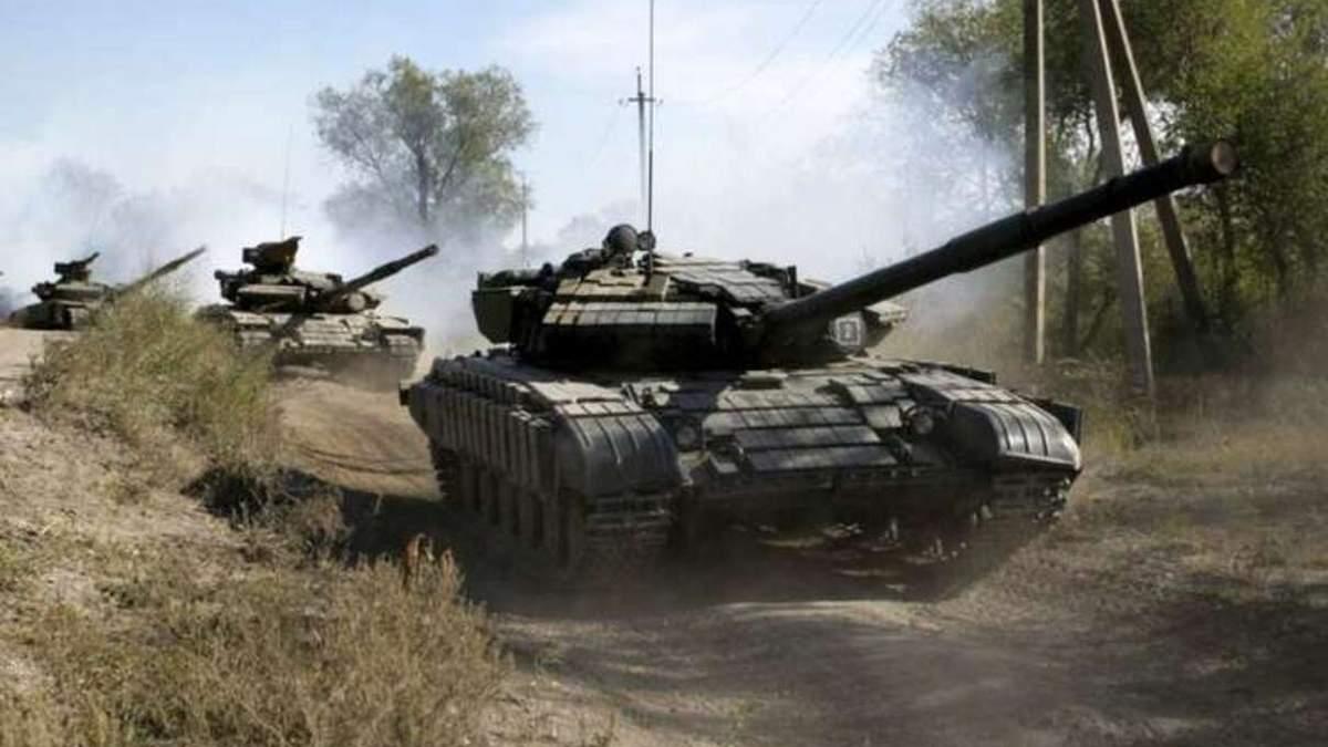 Гаубица и танки на Донбассе: наблюдатели зафиксировали тяжелое вооружение