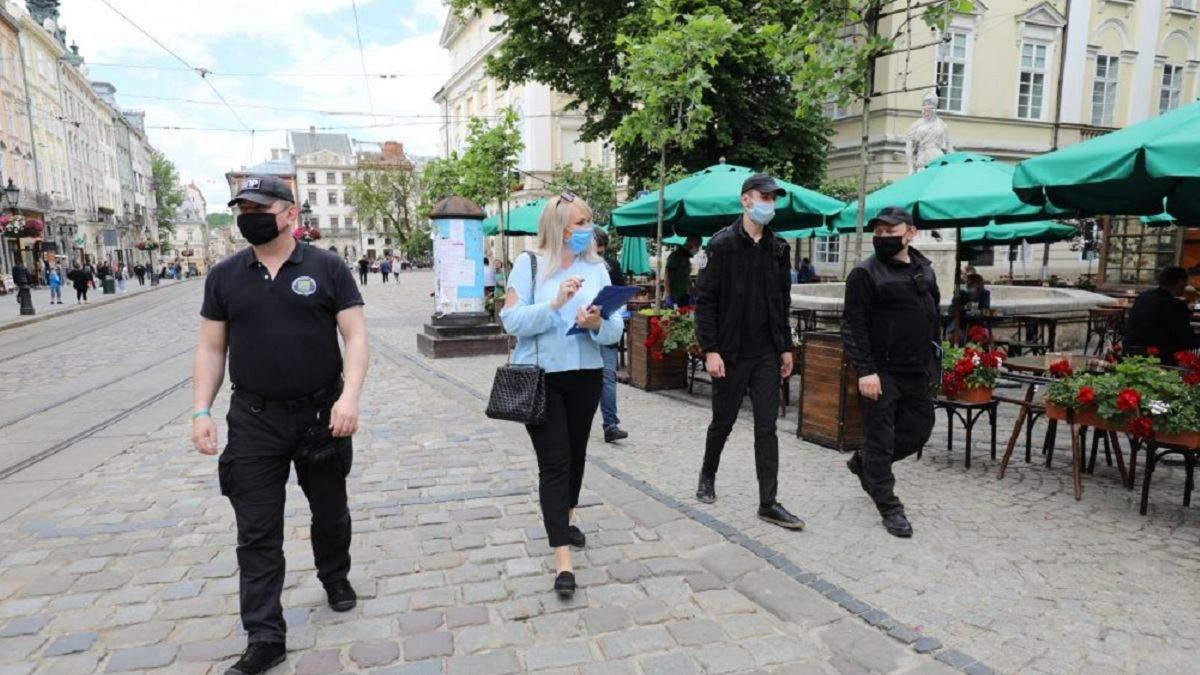 У Львові чоловік неправильно носив маску: що вирішив суд