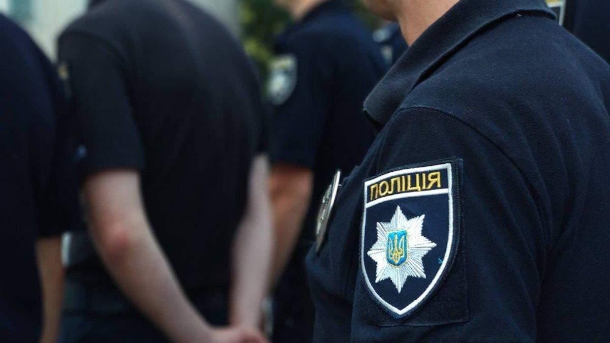 Чоловік стріляв по дітях у Бердянську