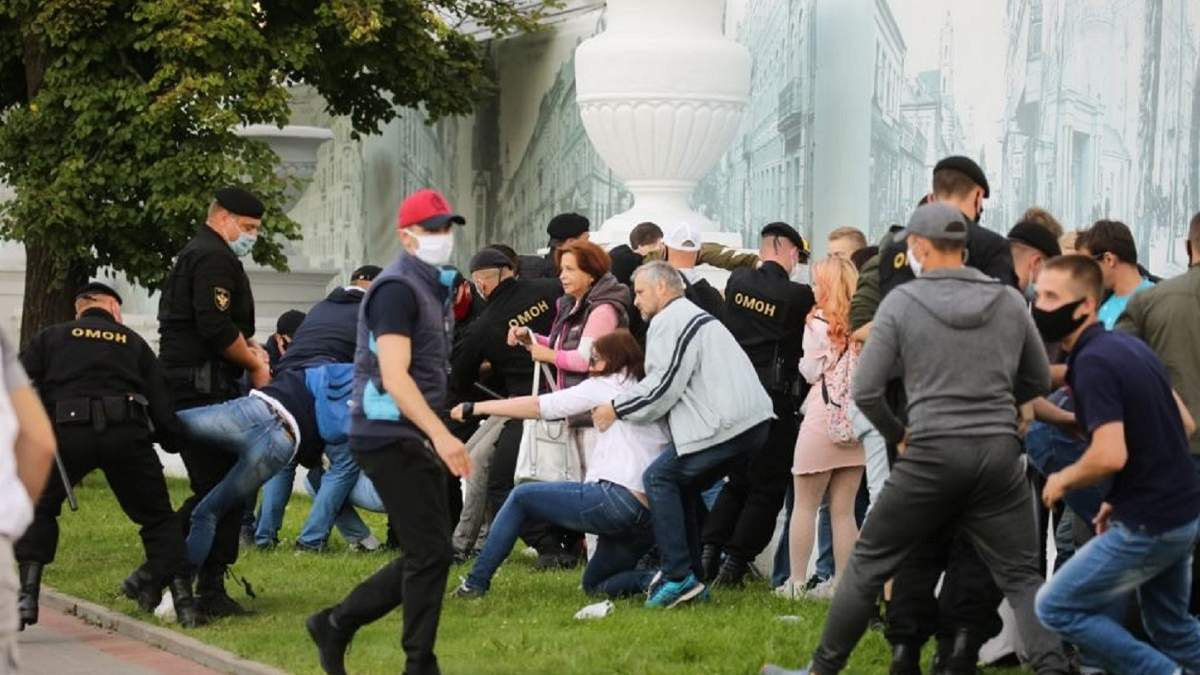 Протесты в Беларуси против нечестных выборов - фото, видео