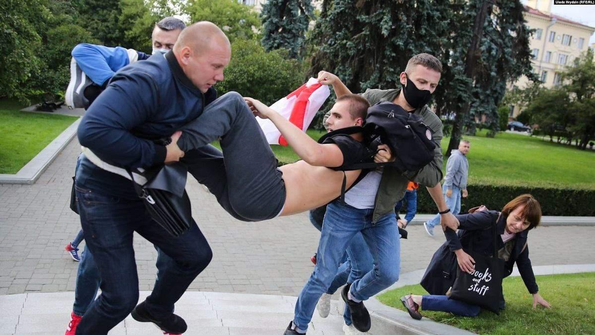 Протесты в Беларуси из-за отказа регистрировать оппозиционных кандидатов
