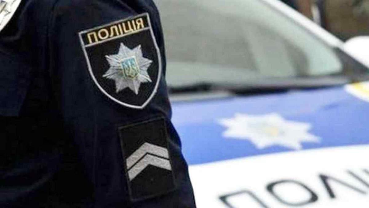 Пьяный водитель Ford устроил ДТП на Северном мосту Киева и скрылся
