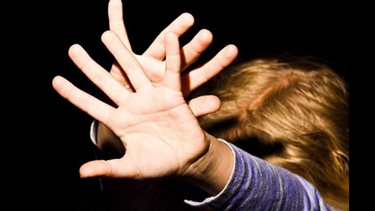 Відомо ім'я поліцейського, якого підозрюють у зґвалтуванні дівчинки в Одесі