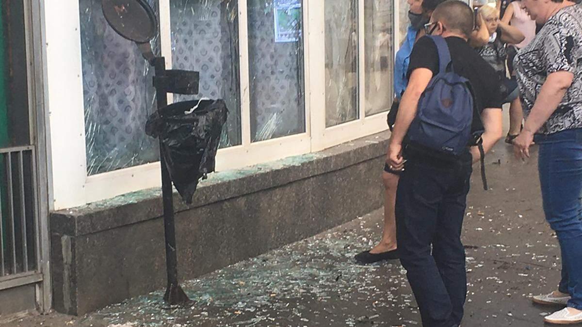 Вибух в Києві біля станції метро Шулявська 17 липня 2020: фото