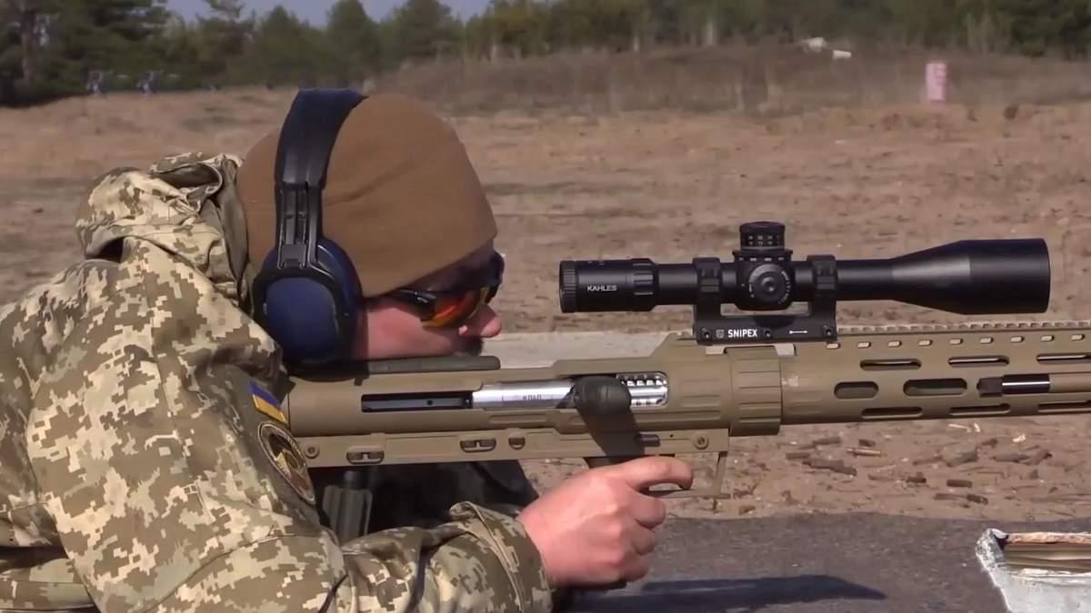 """Техніка війни: Потужна гвинтівка Snipex. Автомат """"Малюк"""" та його нові версії"""