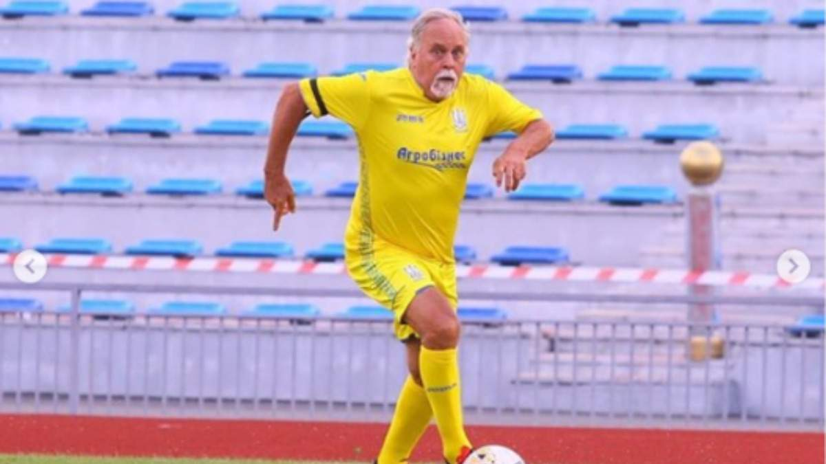 Отец Жуниора Мораеса в матче с ветеранской сборной Украины