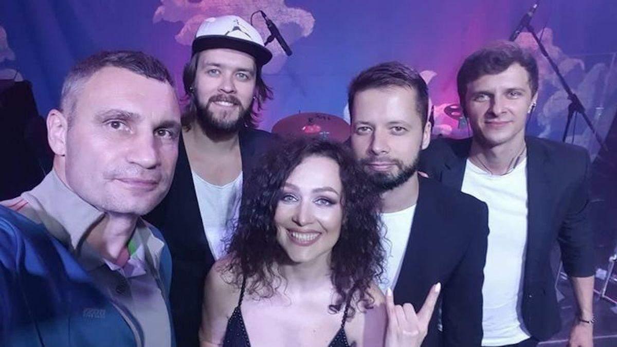 Кличко відзначив день народження концертом та феєричним салютом: відео