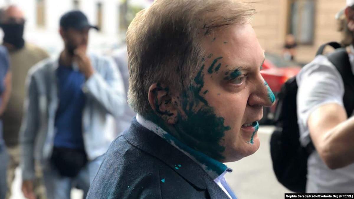 Депутата от ОПЗЖ Волошина облили зеленкой: полиция уже задержала двух мужчин