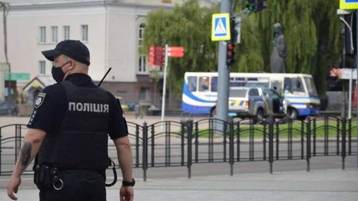 Захоплення заручників у Луцьку: запис розмови з терористом