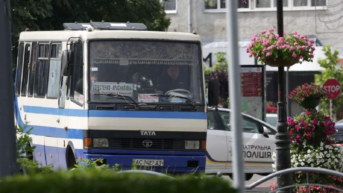 Заручники в автобусі в поганому стані, є поранений, – терорист