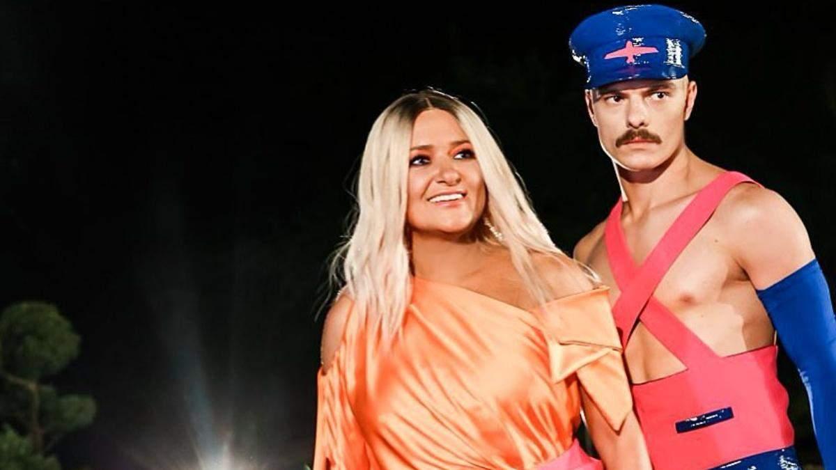 Наталя Могилевська вразила шанувальників яскравим макіяжем: фото