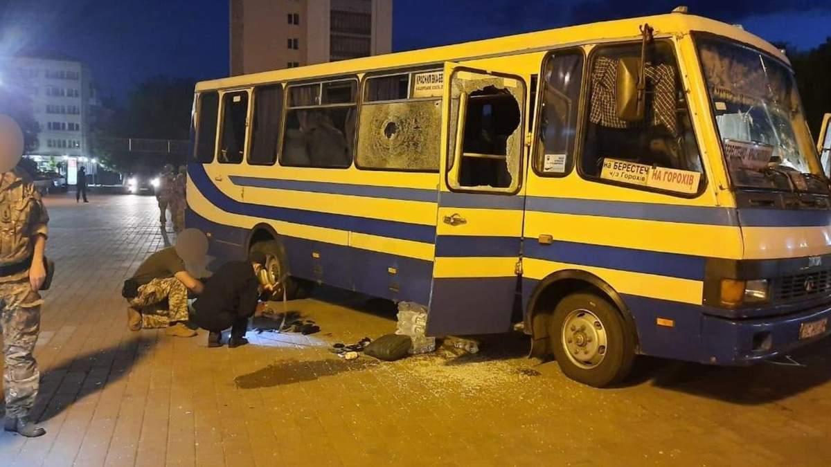 Зеленський виконав вимогу Максима Кривоша, який захопив автобус у Луцьку