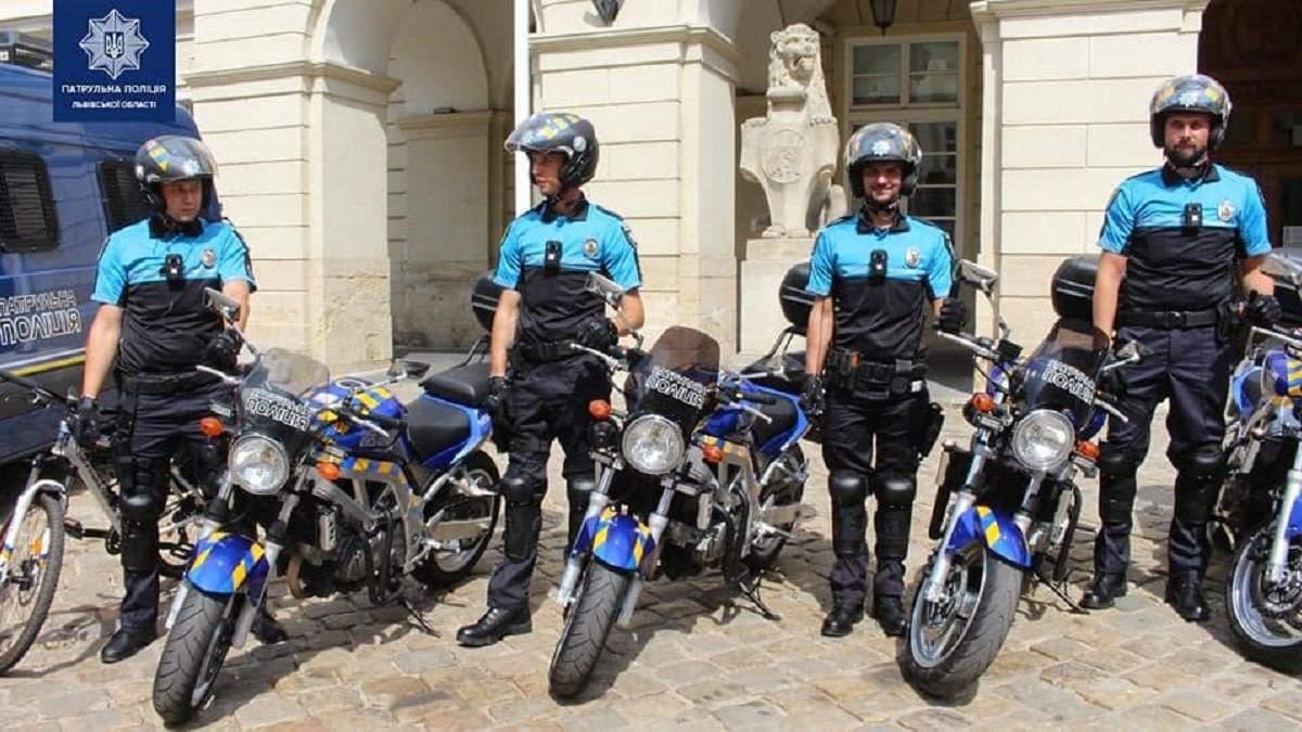 Во втором украинском городе появился мотопатруль полиции: фото