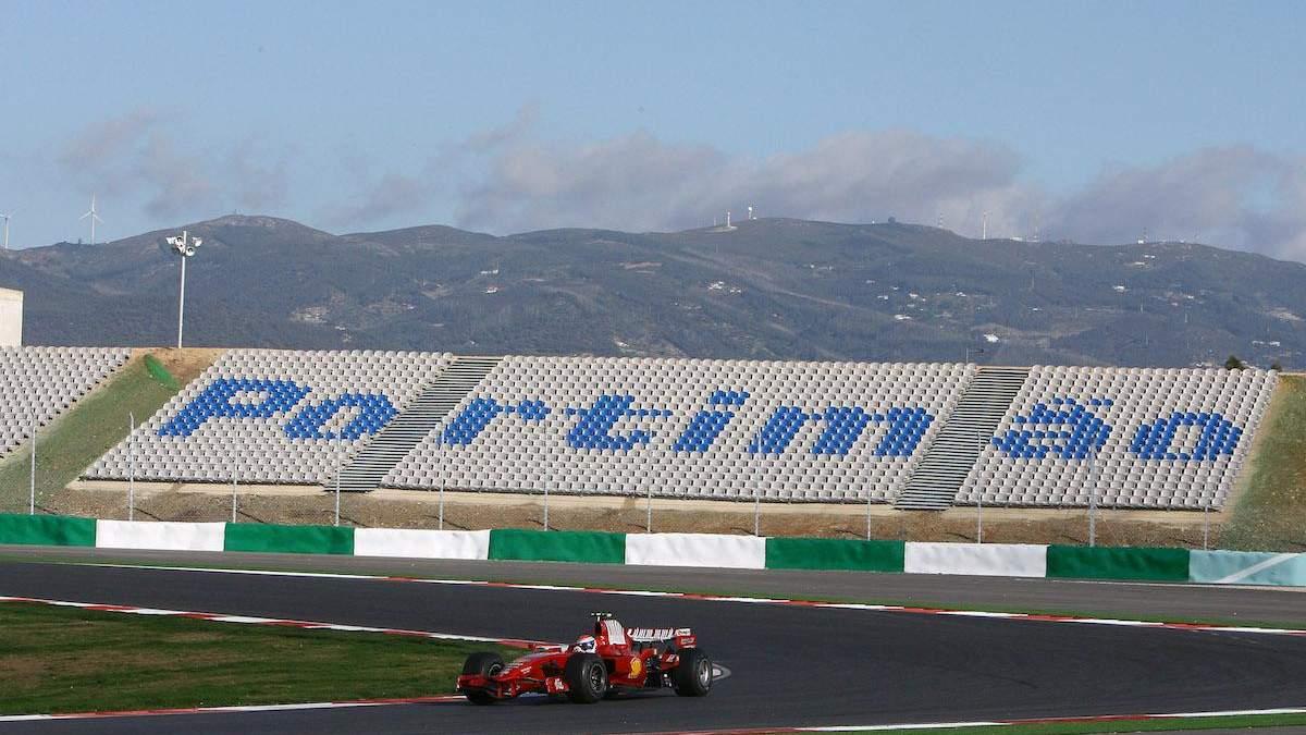 """Формула-1: зрителей допустят на две гонки, """"Нюрбургринг"""" – под вопросом"""