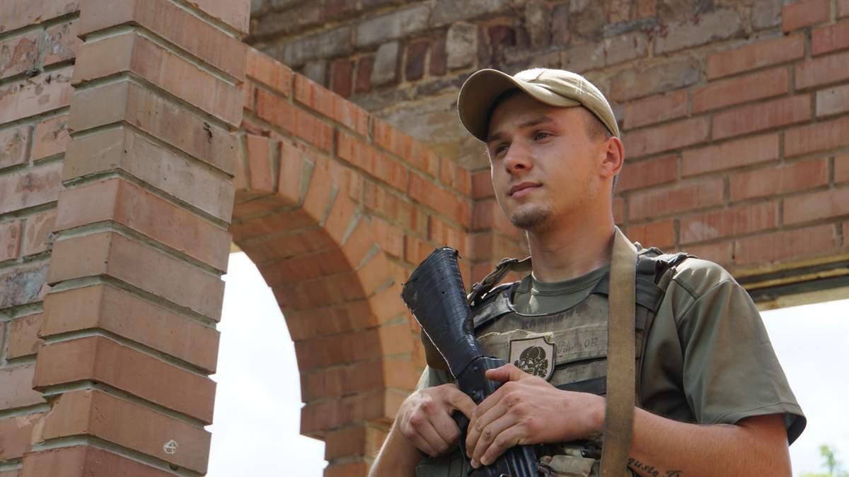 Остаются ли военные на Донбассе на позициях со штатным вооружением после прекращения огня с 27 июля